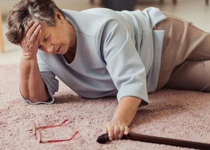 Вестибулопатия у пожилых людей: когда земля уходит из-под ног